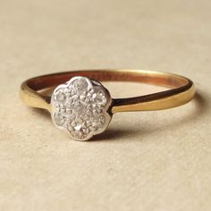 Art Deco Diamond Daisy Ring, Antique Diamond 18k Gold & Platinum Engagement Ring Approx Size US 8.25