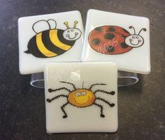 Bug coasters :) Bee , Ladybird or spider Bugs, Spider, Coasters, How To Make, Design, Beetle, Spiders, Coaster