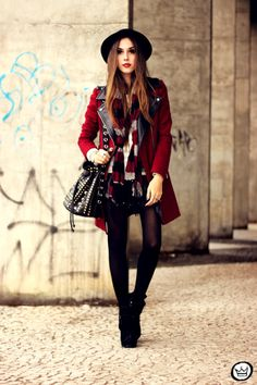 http://fashioncoolture.com.br/2013/06/22/look-du-jour-winter-is-here/