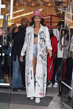 "17 Times Rihanna Said, ""F*ck the Fashion Rules,"" and Wore What She Wanted Rihanna's Graffiti-Covered Trench Was Basically Her Outfit"