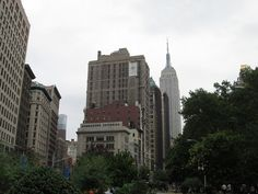 5th Ave & Broadway, Madison Square Park. NYC, Nueva York by voces, via Flickr