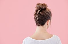 In honor of Hairstyle Appreciation Day coming up tomorrow, I decided to show you how to create this super cute braided top knot in six easy steps! Once you try this hair tutorial, I promise you will be so heart-eyed over it, this will be your new go-to look for the summer. What You'll Need: