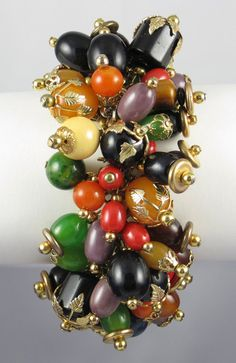 Bakelite Charm Bracelet by #slightlyvirgin