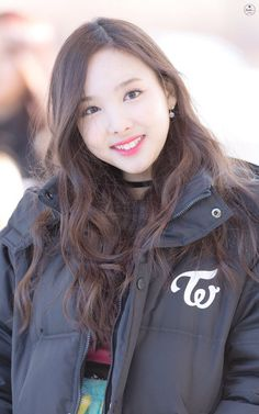 K-Pop is a game where you can see how well do you know your favorite K-Pop bands! Kpop Girl Groups, Korean Girl Groups, Kpop Girls, Girl Day, My Girl, K Pop Idol, Song Of The Year, Nayeon Twice, Mnet Asian Music Awards