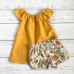 Baby Girl Linen Outfits // Mustard Toddler Dress // Yellow Linen Dress // F Toddler Girl Outfits baby dress girl Linen Mustard Outfits Toddler Yellow Baby Girl Fashion, Toddler Fashion, Fashion Kids, Fashion 2016, Latest Fashion, Fashion Fashion, Winter Fashion, Toddler Dress, Toddler Outfits