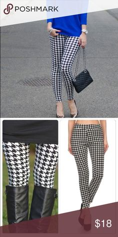 Last One ! Fur lined Chic Houndstooth Leggings Super soft light fur lined houndstooth leggings perfect  for the fall winter season . Nwot wonderful high quality .leggings which are flattering and essential for your wardrobe . S/M fits 2-6 Vivacouture Pants Leggings