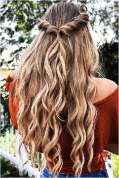 Prom Hairstyles For Long Hair, Homecoming Hairstyles, Spring Hairstyles, Pretty Hairstyles, Braided Hairstyles, Hairstyle Ideas, Wedding Hairstyles, Perfect Hairstyle, Hair Ideas