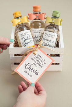 Stunning 30 Super Fun Bridesmaid Proposal Ideas https://weddmagz.com/30-super-fun-bridesmaid-proposal-ideas/