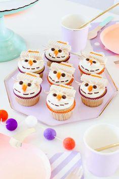 La sirenita / the little mermaid Pastel / cake Cupcakes Bakery 676 Easter Cupcakes, Christmas Cupcakes, Baking Cupcakes, Fun Cupcakes, Birthday Cupcakes, Cupcake Cookies, Circus Cupcakes, Cherry Cupcakes, Easter Cake