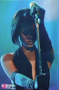 Rihanna, Good Girl Gone Bad live