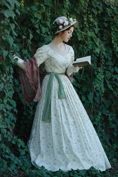 Super Women In History Drawing Ideas Victorian Era, Victorian Fashion, Vintage Fashion, Victorian Ladies, Historical Costume, Historical Clothing, Historical Dress, Vintage Dresses, Vintage Outfits