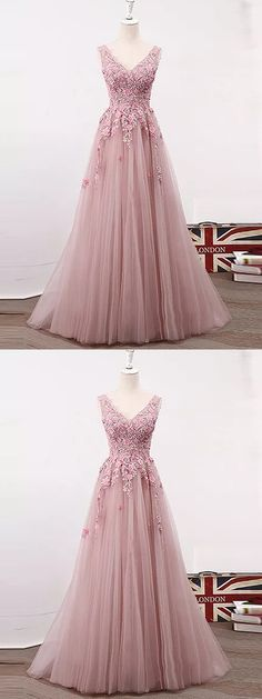 A-line V-neck Floor-length Sleeveless Tulle Prom Dress/Evening Dress # VB867 #fashion #long #prom #popular #A-line #evening #Appliques
