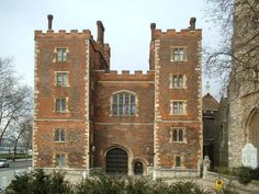 Following her death near Baynard's Castle, London, three days earlier, Elizabeth Boleyn (née Howard), Countess of Wiltshire and mother of the late Queen Anne Boleyn, was buried at St Mary's Church, Lambeth, just next to Lambeth Palace, on 7th April 1538. Read more: http://www.theanneboleynfiles.com/7-april-1538-elizabeth-boleyn-buried-lambeth/#ixzz45FYfmBvT