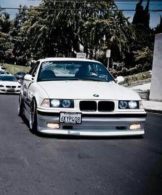 BMW E36 M3 white slammed