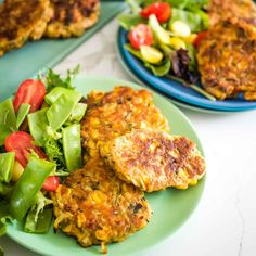 corn and zucchini fritters on a plate with a side salad Sweet Potato Veggie Burger, Sweet Potato And Apple, Pea Fritters, Zucchini Fritters, Healthy Family Dinners, Kids Meals, Vegetarian Options, Vegetarian Recipes, Fussy Eaters
