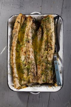 Oven Baked Snoek topped with Herbed Sweet Chilli Butter Braai Recipes, Fish Recipes, Seafood Recipes, Cooking Recipes, Game Recipes, Banting Recipes, Banting Diet, Lchf, South African Recipes