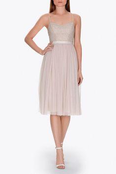 d750764d2d34 45 vestidos para ir de invitada a una boda de otoño (y no fallar)