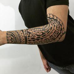 """302 Likes, 8 Comments - Gustavo Teixeira Franzoni (@guteixeiratattoo) on Instagram: """"Mais uma sessão. Tattoo que to curtindo fazer. #maoritattoo #maori #polynesian #tattoomaori…"""" #tattoospolynesiantribal"""