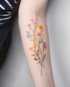 Over 80 stunning watercolor tattoo ideas for women tattoo & piercing . - Over 80 stunning watercolor tattoo ideas for women tattoo & piercing – flower tatt - Mini Tattoos, Body Art Tattoos, Small Tattoos, Tatoos, Woman Tattoos, Best Tattoos, Small Colorful Tattoos, Tribal Tattoos, Diy Tattoo
