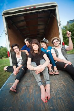 "We Are The In Crowd (left to right) Cameron Hurley, Rob Chianelli, Taylor Jardine, Jordan Eckes, and Mike Ferri Favorite songs: ""The Best Thing (That Never Happened)"" and ""Rumor Mill"""