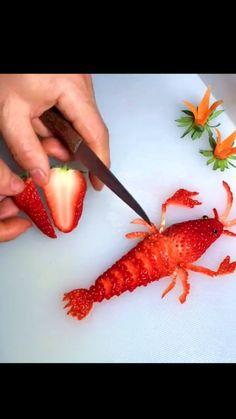 Easy Food Art, Amazing Food Art, Creative Food Art, Diy Food, Garnishing, Food Garnishes, Cute Food, Good Food, Yummy Food