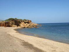 Ampellakia beach