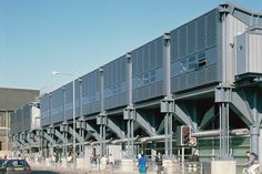 Sainsbury's Superstore < Projects   Grimshaw Architects