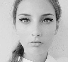 all eyes.