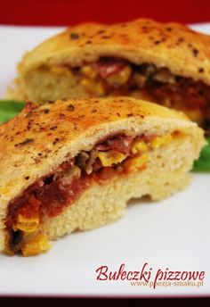 Bułeczki pizzowe (Pizza Buns - recipe in Polish) Pizza Buns, Low Carb Keto, Grilling, Sandwiches, Food And Drink, Dishes, Recipes, Poland, Poetry