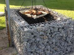 Fireplace Gabion fireplace is commonly welded with stable structure, and it has excellent corrosion resistance.Gabion fireplace is commonly welded with stable structure, and it has excellent corrosion resistance. Fire Pit Decor, Diy Fire Pit, Fire Pit Backyard, Gabion Cages, Gabion Wall, Outdoor Fireplace Patio, Outdoor Oven, Fire Pit Designs, Fire Table
