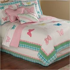 PEM America Plaid Butterfly Garden Twin Quilt with Pillow Sham