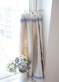 70 pretty farmhouse kitchen curtains decor ideas (30)