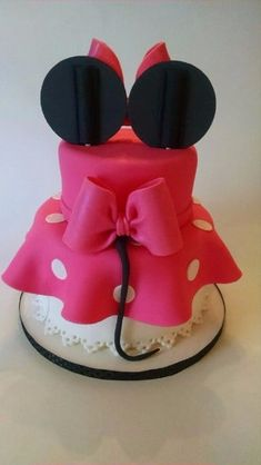 tortas decoradas de minnie coqueta