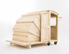 The Workshop of Dreams, czyli jak z drewna zbudować marzenia - PLN Design Tiny House Cabin, Tiny House Living, Tiny House Design, Portable Shelter, House Ideas, Wood Architecture, Shed Homes, Wooden Cabins, Small Spaces