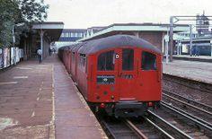 1938 Tube Stock at Harrow & Wealdstone