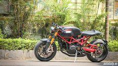 Ducati Monster 1000 si.e độ Cafe Racer độc nhất Việt Nam