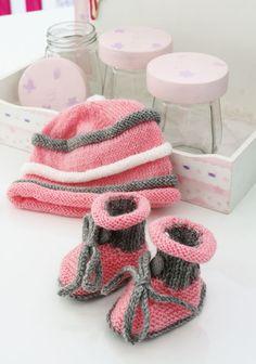 Conjuntinho de tricô para bebê