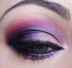 Deep Purple Smokey Eye.. Love the perfect shape & blending and pink crease