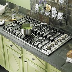"6 burner. Grill Insert? ((cooktop))  36"" Gas Cooktop - VGSU - Viking Range, LLC"