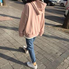 """에이인 on Instagram: """"이렇게 가볍게 입고 싶지만 내일은 엄청 추운날씨라는 소식이 슬포라"""""""