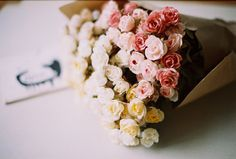 spray roses.. make me happy.
