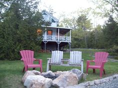 Victorian Style Cottage Somes Sound. Sleeps 6. Shorefront. No Pets. About 1300. HOT TUB.