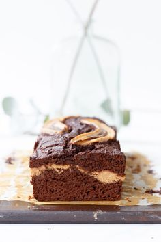 Pindakaas-chocolade bananencake