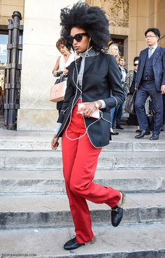 Julia Sarr-Jamois, Gucci Kangaroo-Fur-Lined Slippers #streetstyle #Paris #pfw by peopleandstyles.com