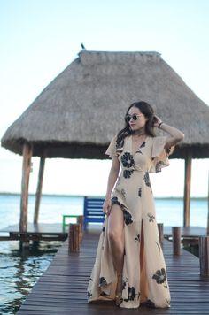 Hemos estado pasando toda la semana en Casa del Árbol en Bacalar , Quintana Roo. ¿Cónocen ésta inceíble laguna que tenemos en México...