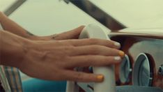 Harry Styles Hands, Harry Styles Pictures, Mr Style, Harry Edward Styles, Larry, How To Look Better, Headers, Vodka, Core