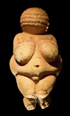 Venus of Willendorf, c. File:Venus of Willendorf frontview retouched Naturhistorisches Museum Wien, Paleolithic Art, 7 Arts, Art Premier, Mother Goddess, Plastic Art, Historical Images, Ancient Art, Wicca