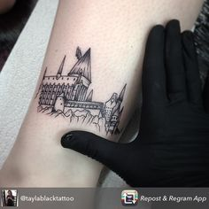 My Hogwarts Tattoo by Tayla Black. South Australia. Ink Obsession.                                                                                                                                                     Más