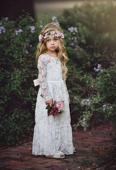 Online Shop Ivory Lace Flower Girls Dresses For Weddings Long Sleeves Floor Length Boho Children Wedding Birthday Party Dresses With Ribbon Fall Flower Girl, Flower Girl Dresses Boho, Rustic Flower Girls, Flower Girl Bouquet, Lace Flower Girls, Lace Flowers, Girls Dresses, Party Dresses, Heart Flower