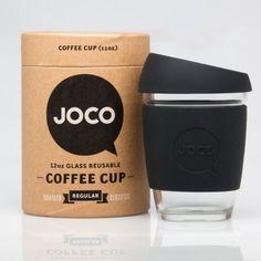 Black JOCO Coffee Cup ter vervanging van de kartonnen bekertjes... leuk concept, nice branding.